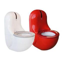 Toaleta podwieszana z samoczyszczącą deską 1500